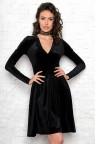 Черное приталенное платье из бархата Izabella